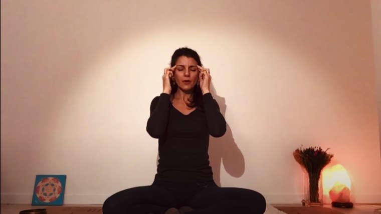 Yoga pour épaules, cou et visage